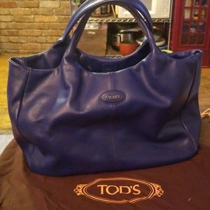 Tod's gorgeous leather tote!